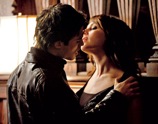 vampirediariesdamon.jpg